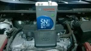 Сколько масла требуется для Toyota RAV4